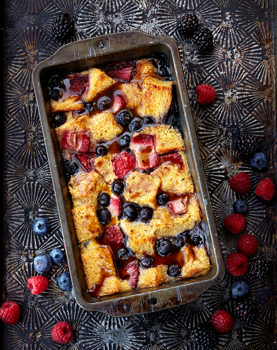 Berry_Cinnamon_Bread_Pudding_326